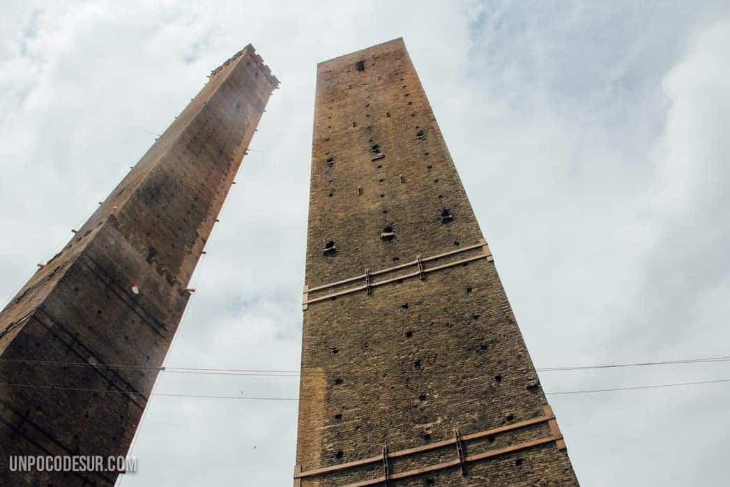 Las dos torres Bolonia